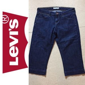 Levi's 545 capri cropped jeans